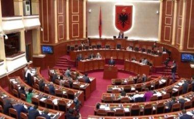 Kuvendi i Shqipërisë miratoi ndryshimet në qeveri