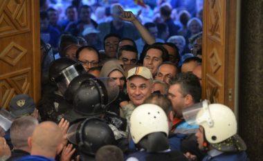 Do të ndryshojnë procedurat e sigurisë në Kuvendin e Maqedonisë (Video)