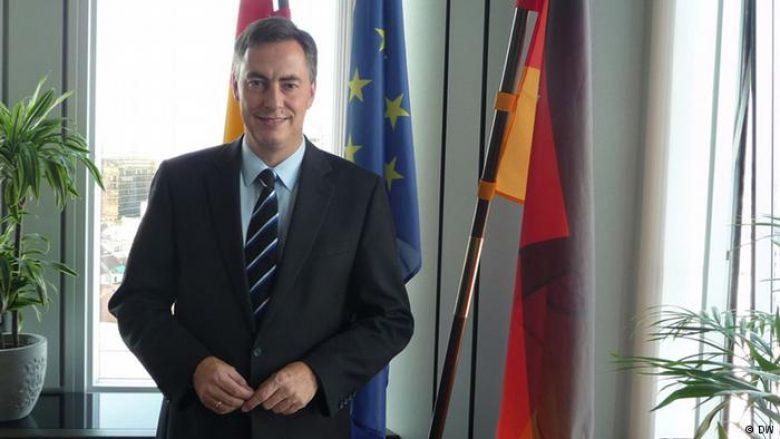 David McAllister, i kënaqur me pajtimin e arritur në Shqipëri