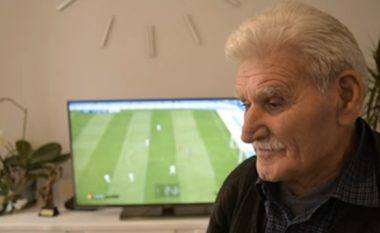 """Plaku 83-vjeçar, çdo ditë luan me """"Play Station"""" (Video)"""