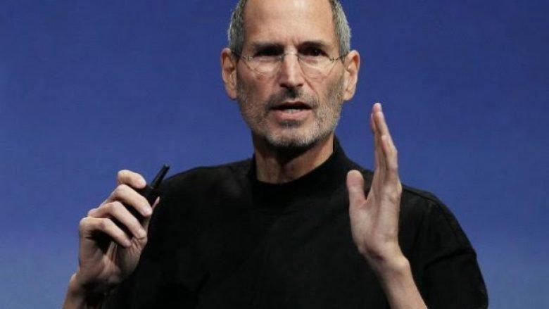 Steve Jobs nuk kishte dëshiruar që Apple të prodhojë telefona