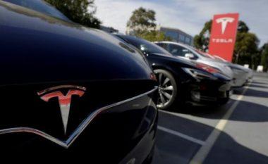 Tesla planifikon të hapë fabrikë në Kinë