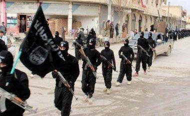 Koalicioni anti-ISIS përpilon një databazë të origjinës së xhihadistëve