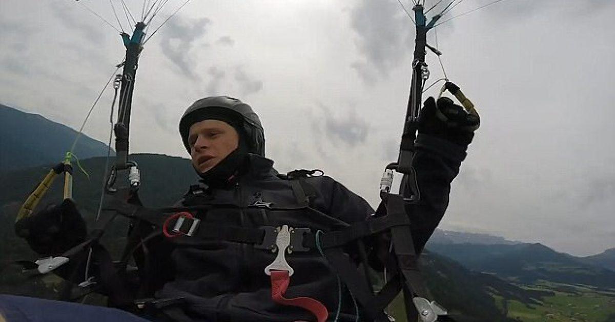 humbi-kontrollin-gjate-leshimit-me-parashute-ra-mbi-peme-dhe-shpetoi-pa-lendime