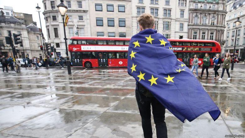 Sot fillojnë negociatat për Brexit