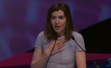 """Arta Dobroshi pranon çmimin për filmin """"Home"""" (Video)"""