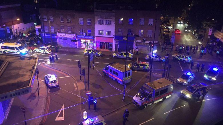 """""""Do t'i vrasë të gjithë myslimanët"""": Publikohen pamjet e sulmit pranë një xhamie në Londër – një i vrarë dhe dhjetë të plagosur (Foto/Video)"""