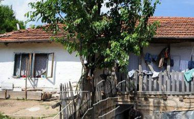 Familja që e pret Bajramin pa bukë në sofër (Foto)