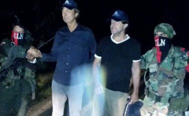 Kolumbi, lirohen dy gazetarët holandezë të marrë peng