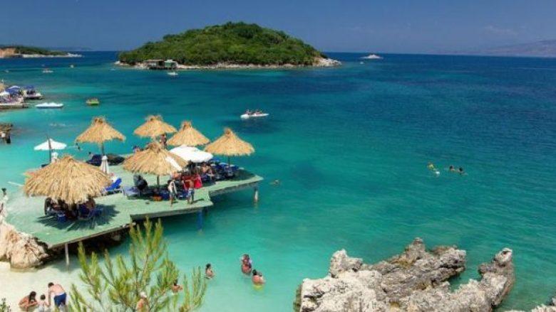 Origjina e turistëve që shkojnë në Shqipëri, 1.3 milion nga Kosova (Dokument)