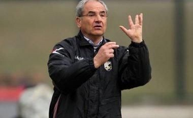 Trajneri i dënuar për kurdisje del si kandidat për stolin e Kombëtares Shqiptare