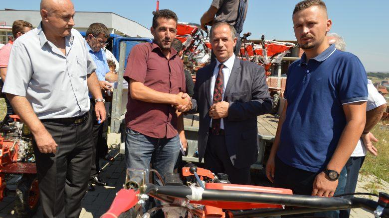 Komuna e Malishevës përkrahë 150 bujq me motokultivator