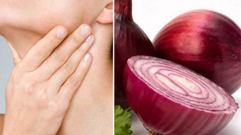 Doktorët konfirmojnë: Qepa e kuqe bën mrekulli për gjëndrat tiroide
