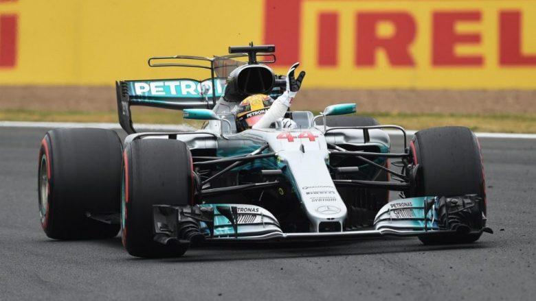 Mercedes dominon në Silverstone