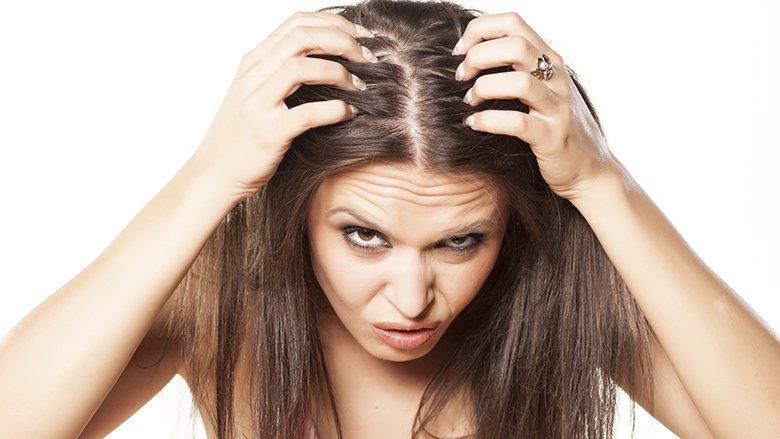 Rënia e flokëve pas lindjes