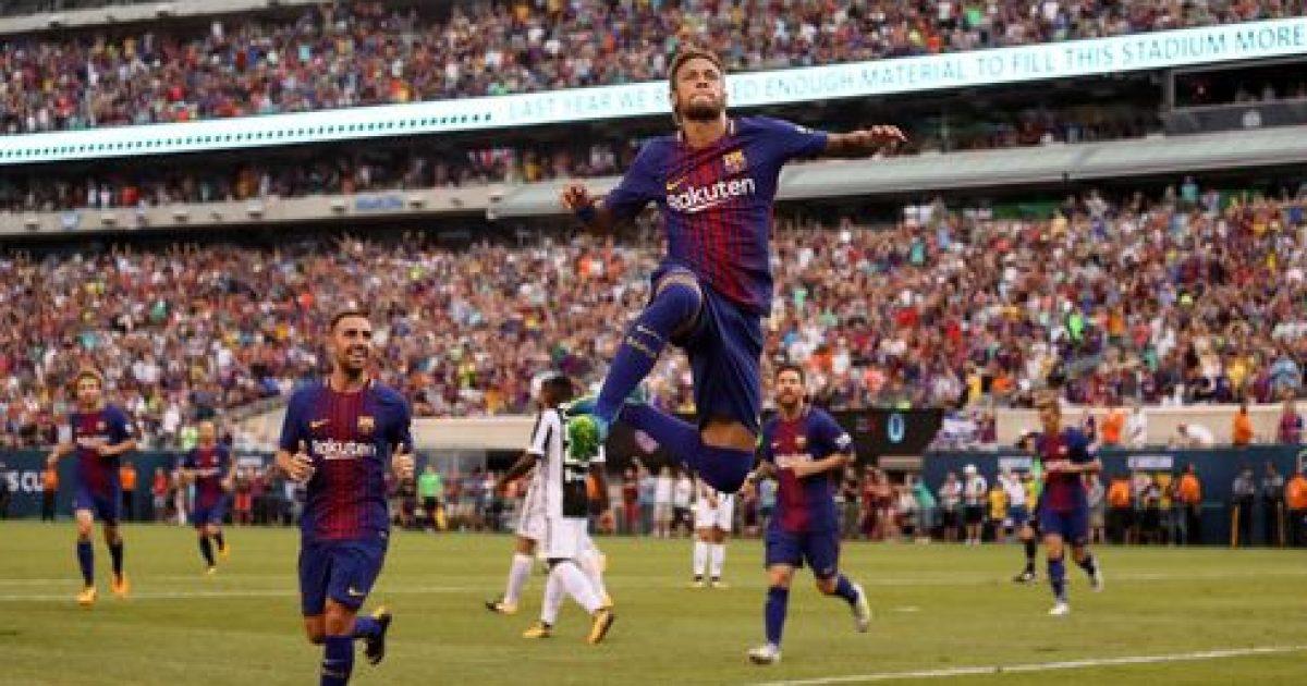 Neymar si Ronaldinho  tallet me mbrojtësit e Juves dhe i shënon edhe një herë Buffonit