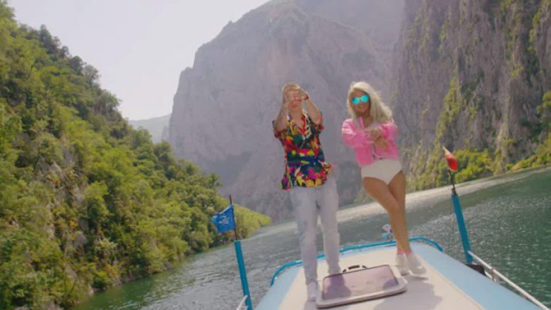 """""""No Kiss"""", një këngë verore nga Baby G dhe Fero (Video)"""