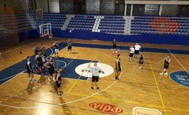 Trajneri amerikan, Greenberg: Jam i lumtur që jam pjesë e Kosovës