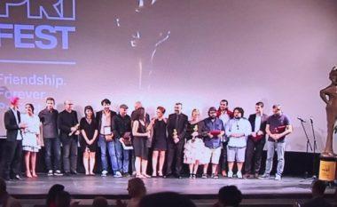 """Filmi kroat """"Goran"""" fiton çmimin kryesor në """"PriFilm Fest"""", Paul Haggis nderohet me """"Hyjneshën e Artë"""" (Foto)"""