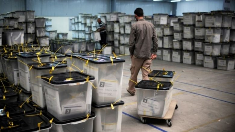 Rezultatet u certifikuan, dyshimet për vjedhje të votave s'u hoqën