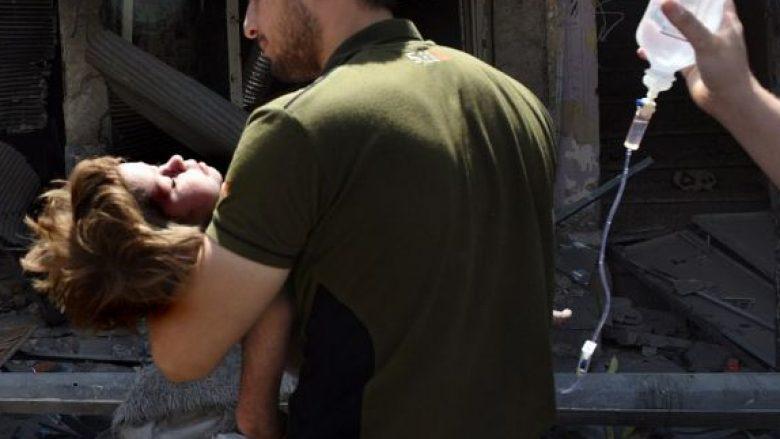 Njëri mbijetoi duke ngrënë mbeturina mishi, tjetri u gjet duke qarë – jetimët që la pas ISIS duke u zvarritur mes rrënojave (Foto,+16)