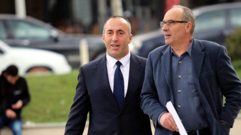 Nitaj: Haradinaj nuk po bën konsultime për numra, por për një bazë të gjerë qeverisëse