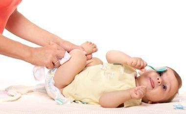 Jashtëqitja e bebes zbulon a do të jetë e mençur kur të rritet