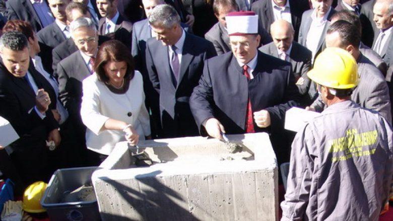 BIK-u nuk pranon ndryshimin e projektit të xhamisë (Video)