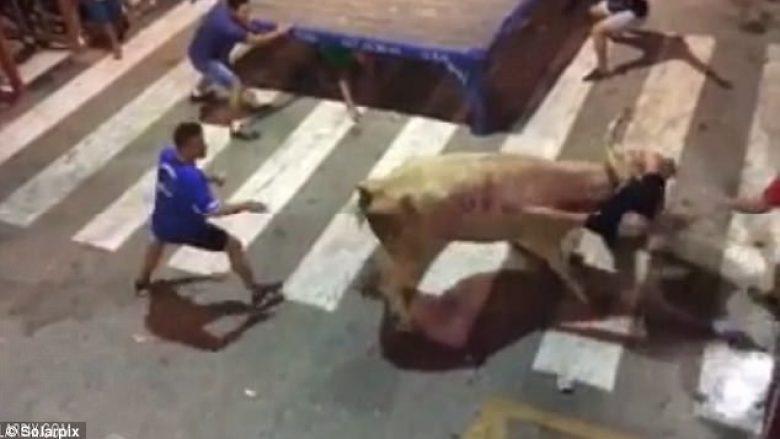 Pjesëmarrësit në festivalin e demave pësojnë lëndime të shumta  (Video)