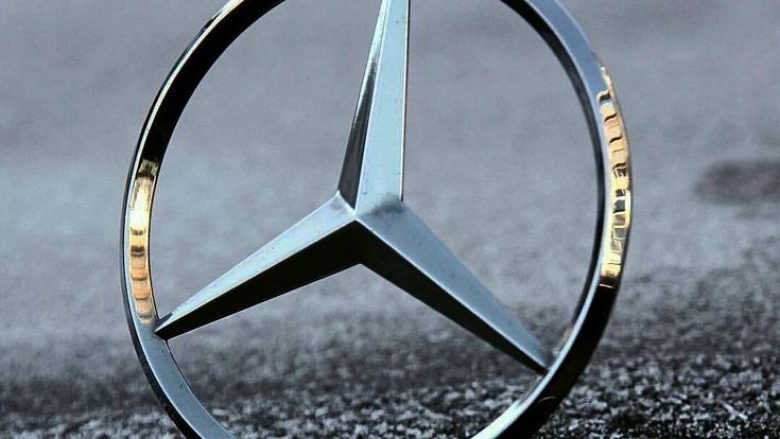 """Mercedes tregon detajet e makinës së re """"misterioze"""" (Foto)"""