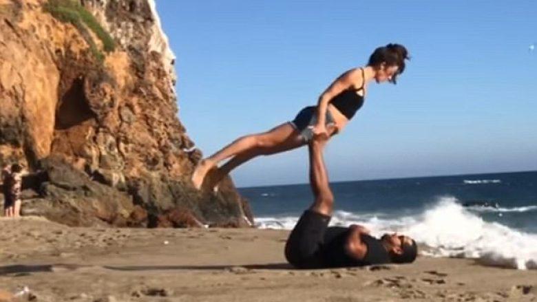 Vala e detit pengoi partnerët që ushtronin joga (Video)