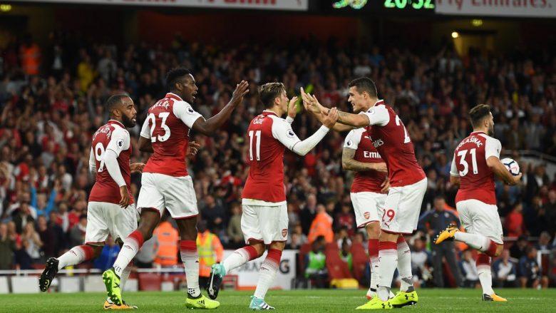Legjenda e Man Unitedit feston fitoren e Arsenalit së bashku me Mustafin (Foto)