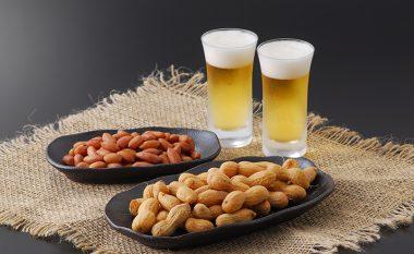 Bashkim i përsosur pas ushtrimeve: Birra dhe kikirikë