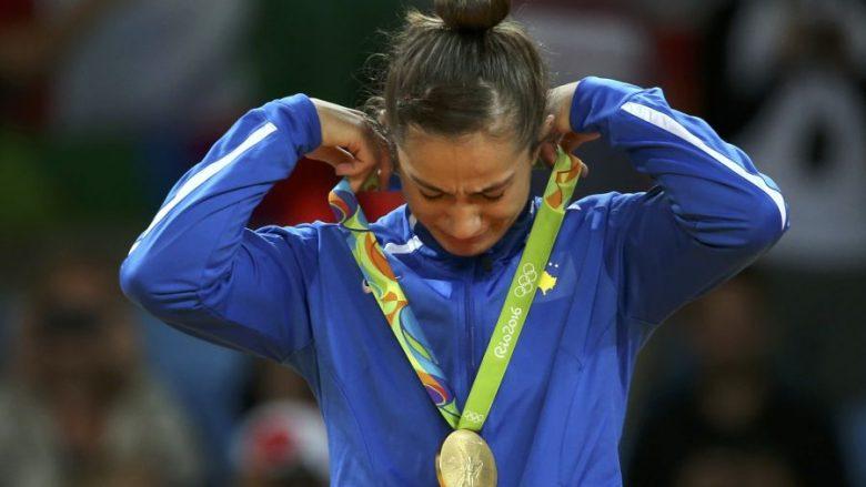 KOK-u me ceremoni shënon 1-vjetorin e medaljes së artë olimpike