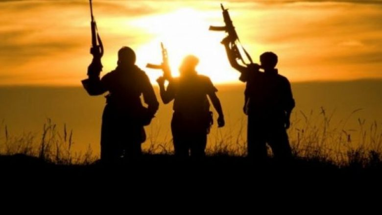 Xhihadistët nga Ballkani rikthehen të zhgënjyer nga 'Kalifati' i ISIS-it