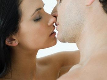 7 teknika për t'u bërë një puthës profesionist