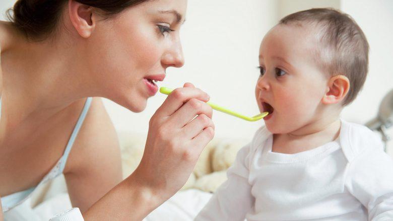 Si ta joshim beben të marrë ilaçin