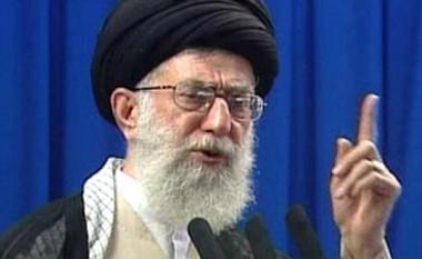 Khamenei përmend Shqipërinë: Vend i vogël i djallëzuar evropian që strehon tradhtarët e Iranit