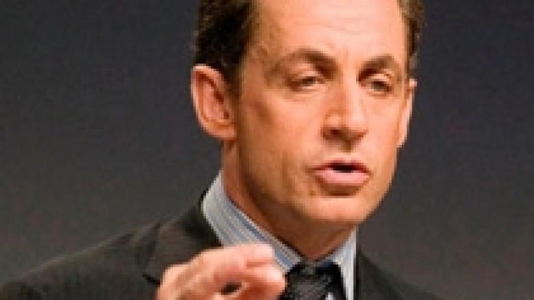 Tjetër telashe për ish-presidentin francez, Sarkozy