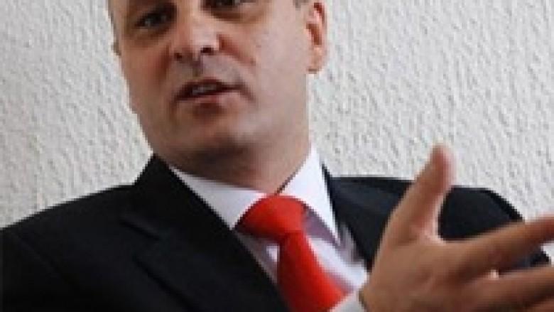 Petrovic: Kosova ofron fondin për veriun