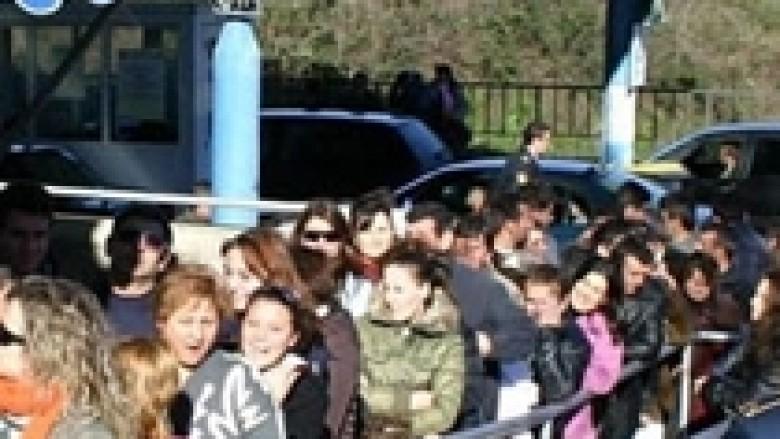Greqia kthen 35 familje shqiptare në kufij për shkak të vendlindjes