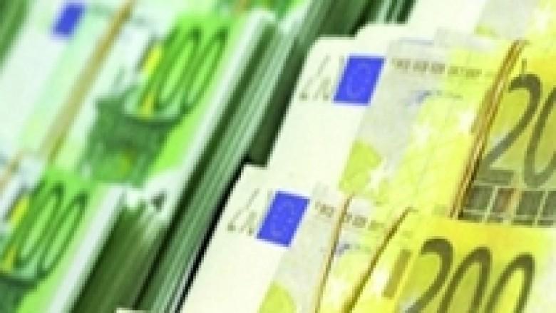 Paratë e Trustit, sa më larg Kosovës!