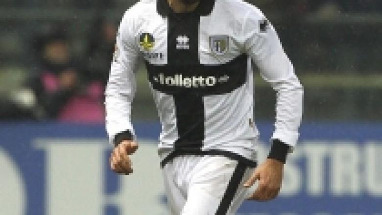 Zyrtare: Zaccardo lojtar i Milanit