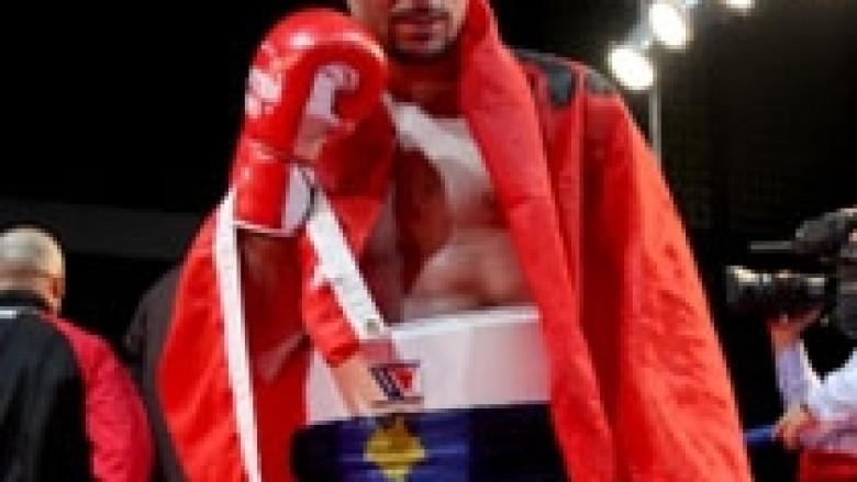 Elvir Muriqi rikthehet në ring me 15 mars