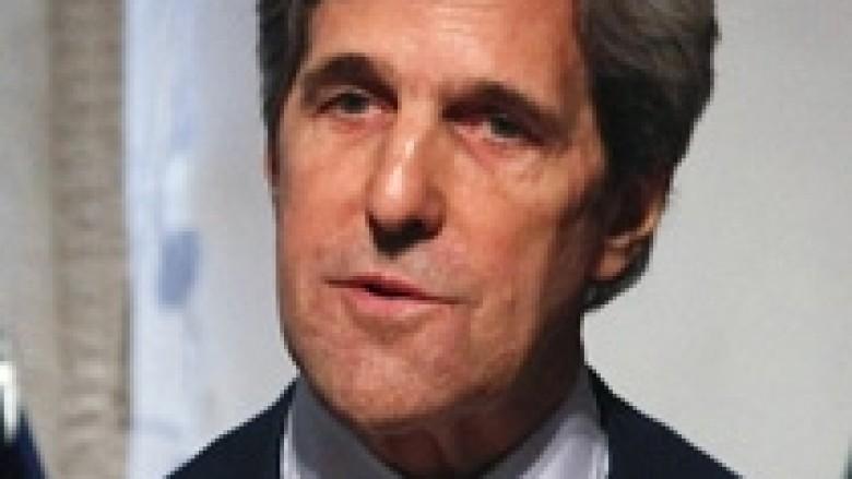 Kerry e Lavrov diskutojnë krizat në botë