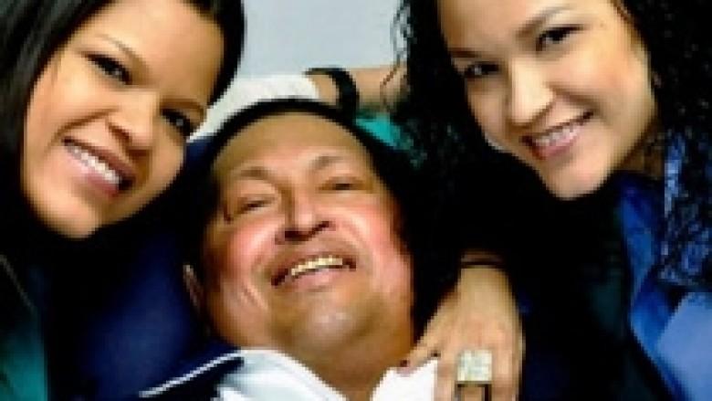 Chavez kthehet në Venezuelë