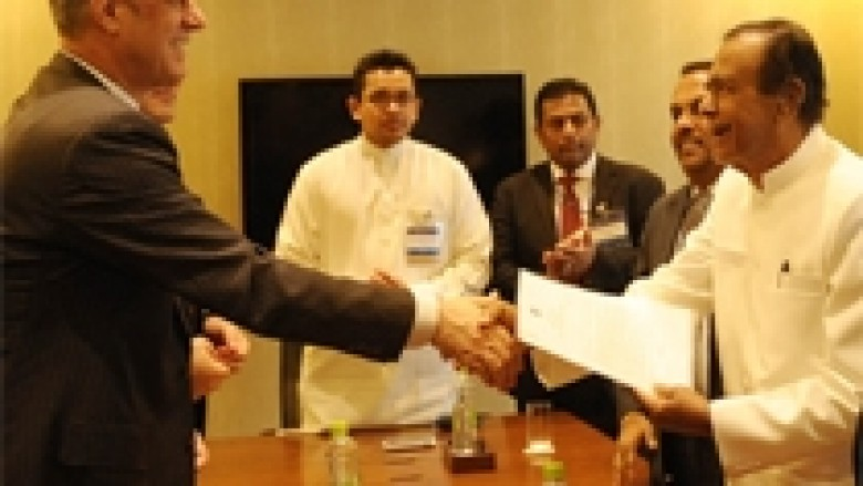 Thaçi u takua me kryeministrin e Shri Lankës