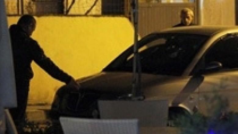 Kapen tre të dyshuar për vrasjen e ish komesarit