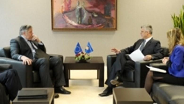Kryeministri Thaçi takoi përfaqësuesit e BERZH-it