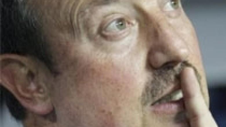 Benitez: Duhet t'i bëjmë gjërat më vështirë